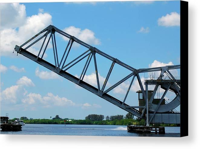 Drawbridge Canvas Print featuring the photograph Caloosahatchee Train Draw Bridge by Carolyn Marshall