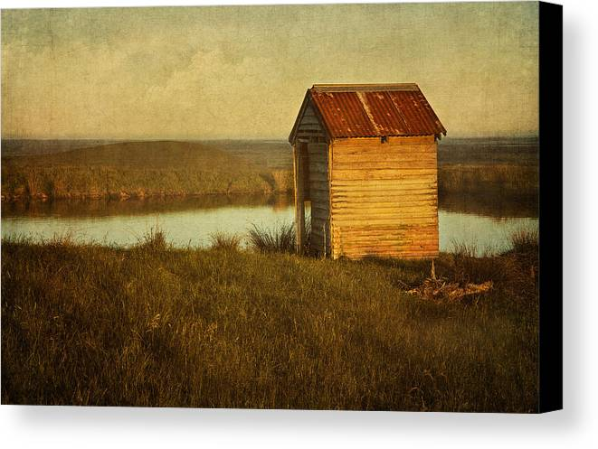 Shack Canvas Print featuring the photograph Ramshackle by Amy Weiss