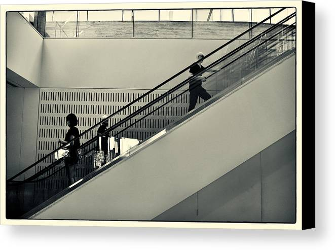 Qwwrwr Canvas Print featuring the photograph Art Escalator by Harry Neelam