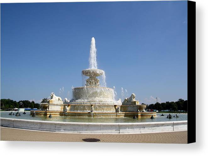 Fountain Canvas Print featuring the photograph Belle Isle Fountain by Claire McGee