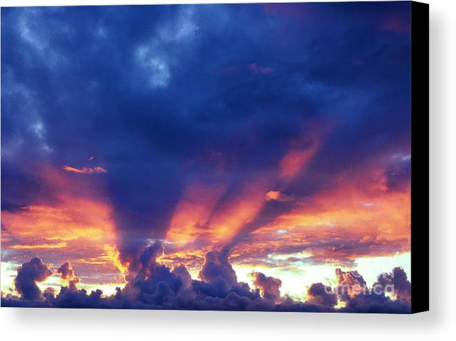 Usa Canvas Print featuring the photograph Glory Cloud by Thomas R Fletcher