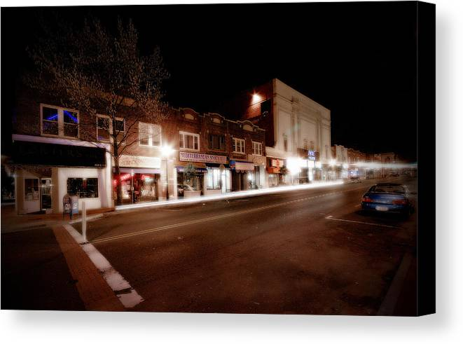 Huntington Canvas Print featuring the photograph New York Ave South by Michael Simeone