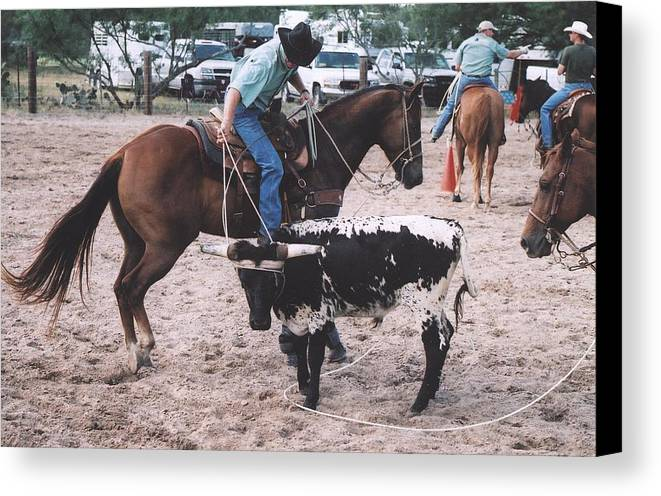 Horse Canvas Print featuring the photograph Roping Event 1 by Wendell Baggett