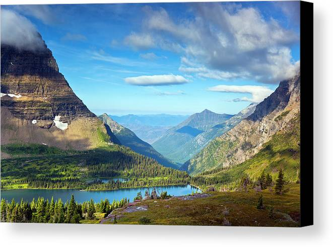 Horizontal Canvas Print featuring the photograph Valley Beyond by Rebecca L. Latson