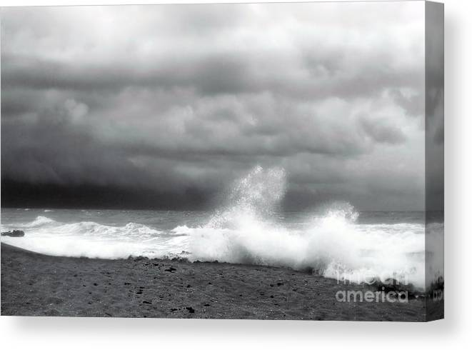Blowing Rocks Canvas Print featuring the photograph Blowing Rocks by Richard Nickson