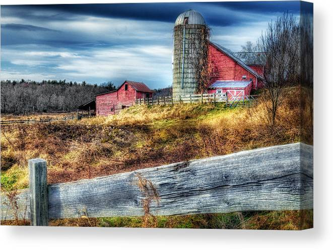 Fence Canvas Print featuring the photograph Red Barn by Ercole Gaudioso