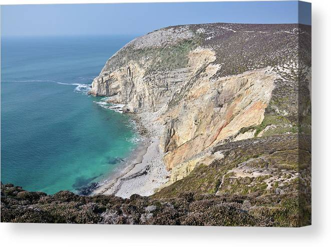 Horizontal Canvas Print featuring the photograph Breizh Paradise by Thomas Pollin