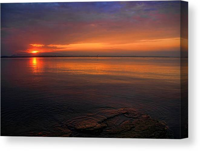 Sunset Canvas Print featuring the photograph Rocky Point by Carolyn Fletcher