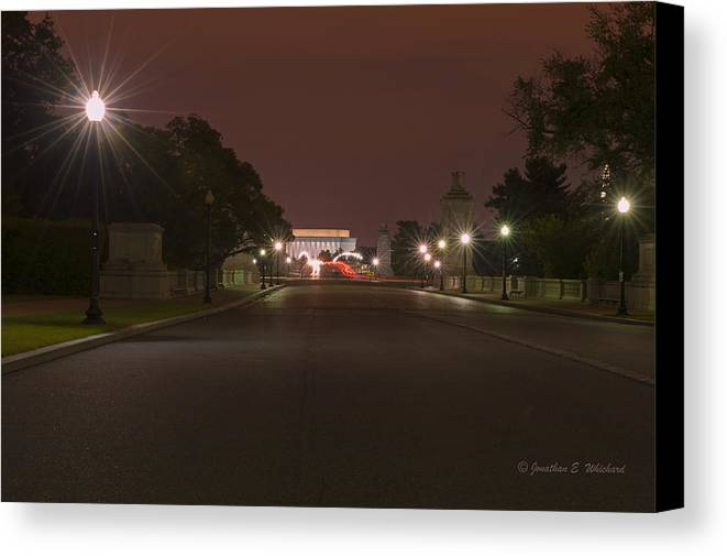 Washington Dc Canvas Print featuring the photograph Washington District Of Columbia Lincoln Memorial by Jonathan E Whichard