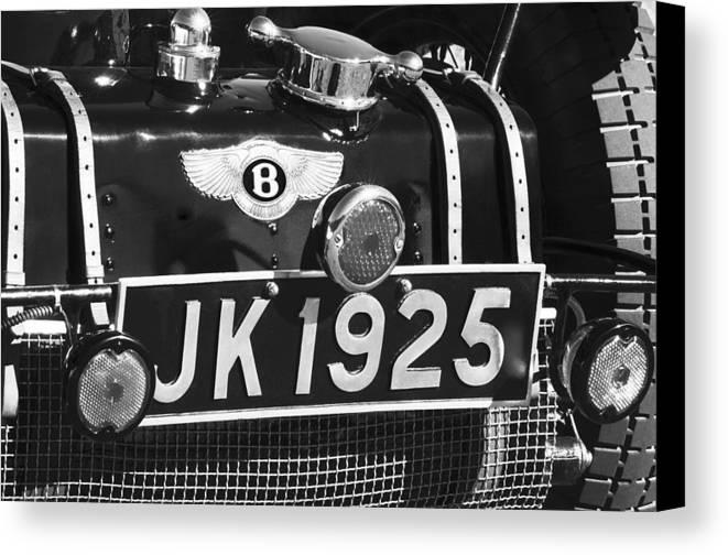 1931 Bentley 4.5 Liter Supercharged Le Mans Taillight Emblem Canvas Print featuring the photograph 1931 Bentley 4.5 Liter Supercharged Le Mans Taillight Emblem by Jill Reger