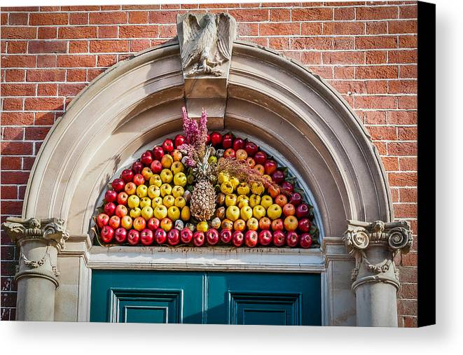 Wreath Canvas Print featuring the photograph Fruit Door Covering by William Krumpelman