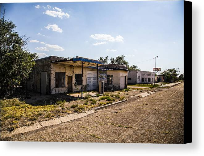 Route 66 Canvas Print featuring the photograph Service Station 4 by Angus Hooper Iii
