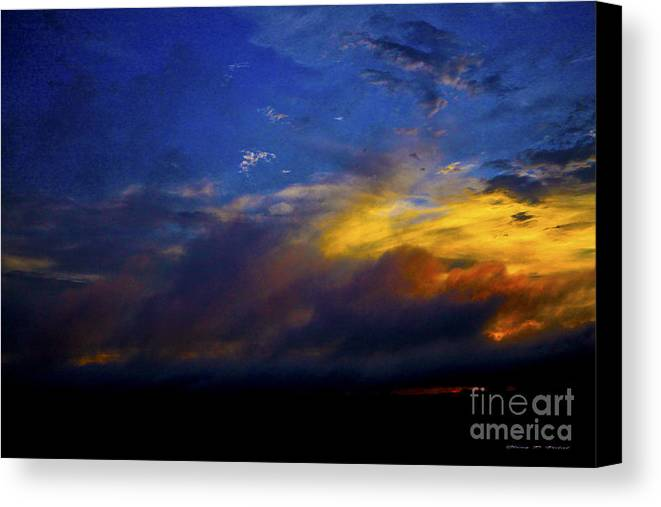 Sunset Canvas Print featuring the photograph Sunset Colors by Glenn Vidal