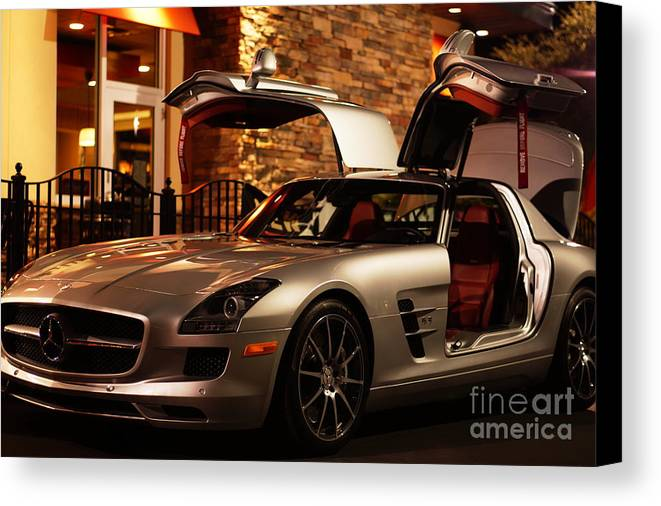 2011 Canvas Print featuring the photograph 2011 Mercedes-benz Sls Amg Gullwing by Ronald Chacon