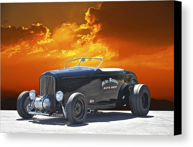 Coupe Canvas Print featuring the photograph 1932 Ford Roadster by Dave Koontz