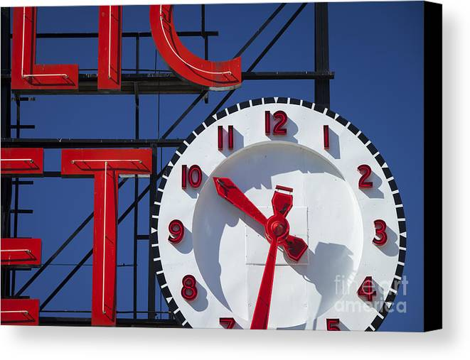 America Canvas Print featuring the photograph Seattle Market Sign by Brian Jannsen