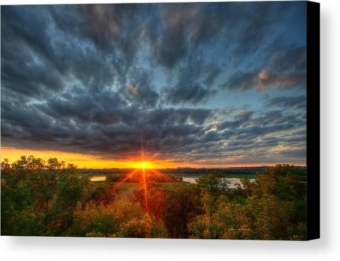 Eagan Canvas Print featuring the photograph A Glorious Minneapolis Sunset by Wayne Moran