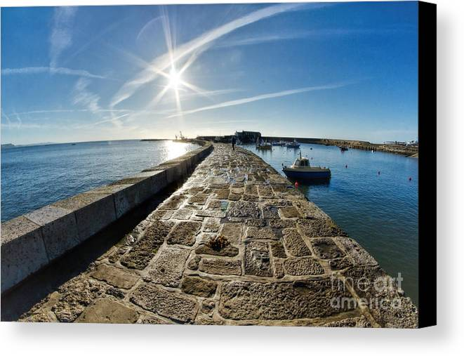 Lyme Regis Canvas Print featuring the photograph Along The North Wall by Susie Peek