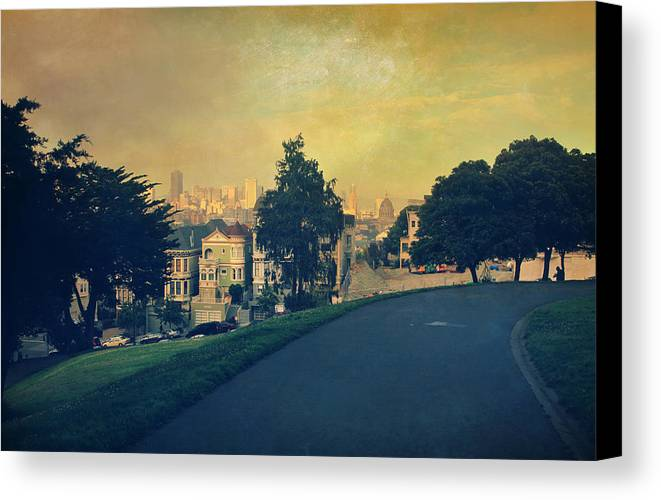 San Francisco Canvas Print featuring the photograph At The Curve by Laurie Search