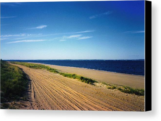 Beach Canvas Print featuring the photograph Bay Of Keyport by Denise Keegan Frawley