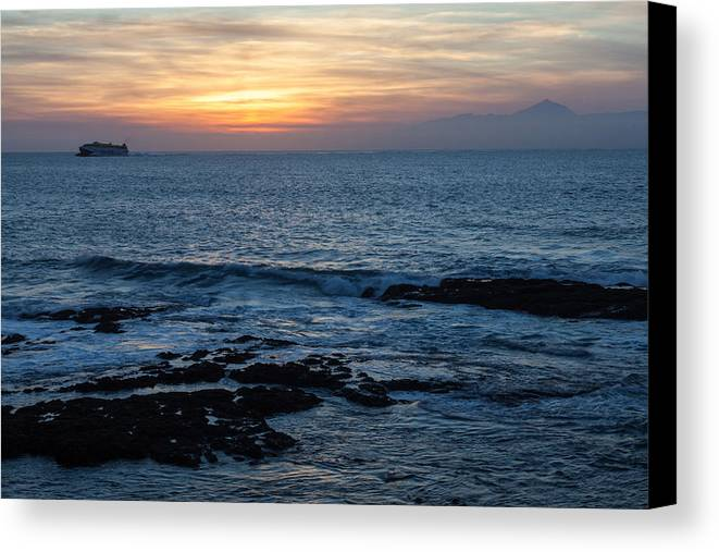 Sunset Canvas Print featuring the photograph Canary Sunset by Wolfgang Woerndl