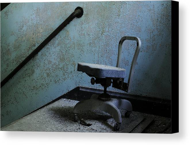 Abandoned Canvas Print featuring the photograph Catatonic by Luke Moore