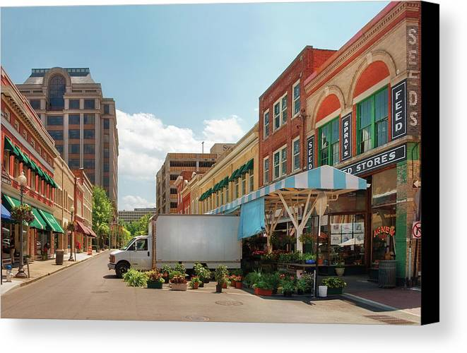 Savad Canvas Print featuring the photograph City - Roanoke Va - The City Market by Mike Savad