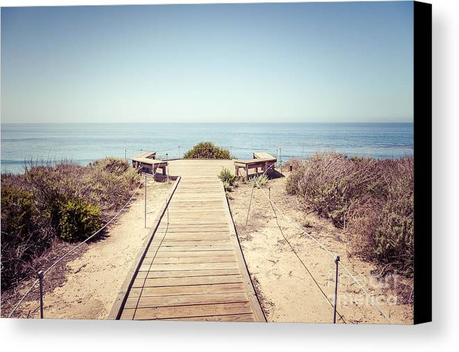 1960s Canvas Print featuring the photograph Crystal Cove Overlook Retro Picture by Paul Velgos