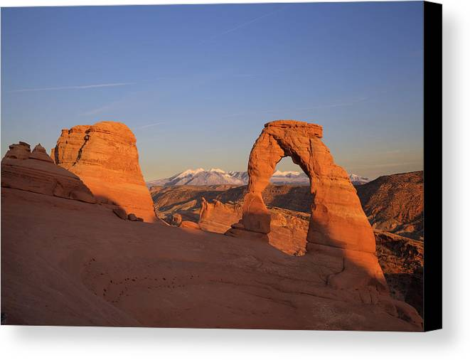 Rock Canvas Print featuring the photograph Delicate Arch At Sunset-2 by Alan Vance Ley