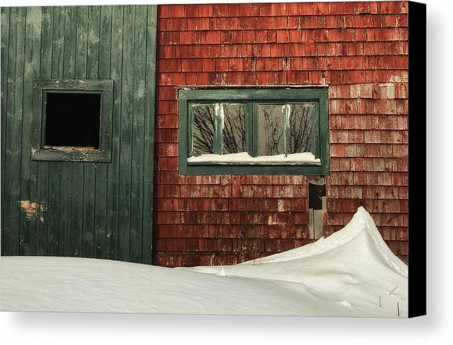 Barn Canvas Print featuring the photograph Drifted In by Susan Capuano