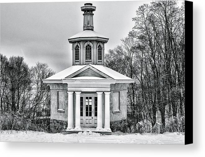 Canada Canvas Print featuring the photograph Dundurn by Garvin Hunter