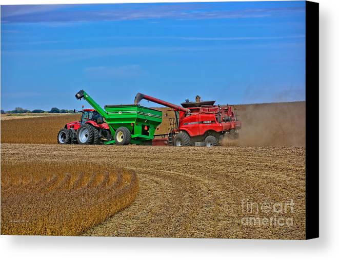 South Daakota Canvas Print featuring the photograph Empty The Combine by M Dale