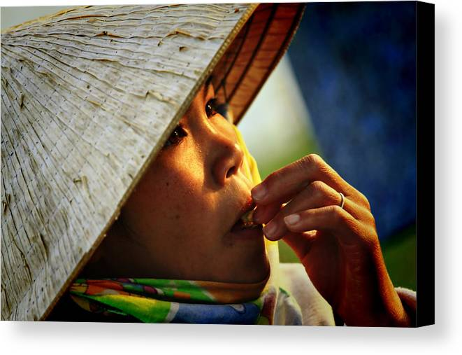 Girl Canvas Print featuring the photograph For Survival by Suradej Chuephanich
