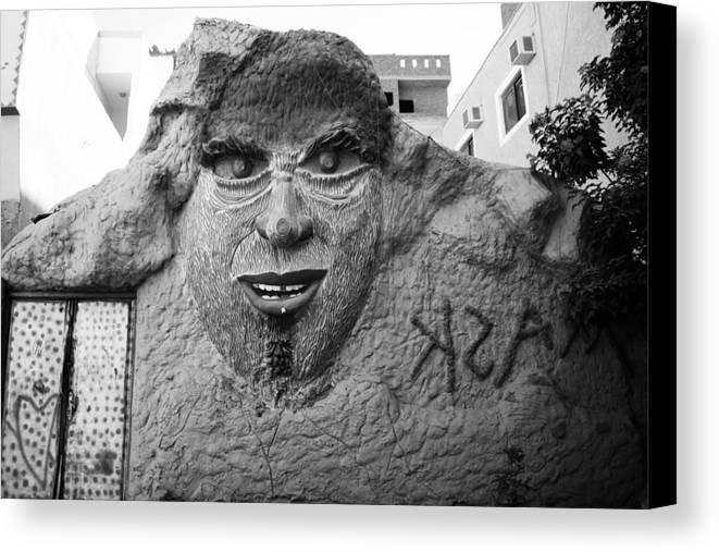 Jezcself Canvas Print featuring the photograph G Growl by Jez C Self
