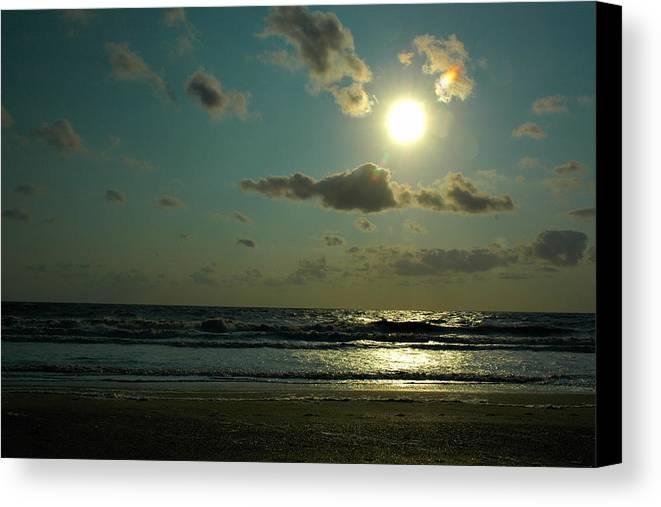 Sunrise Canvas Print featuring the photograph Georgia Coast Sunrise by Jeannette Wood