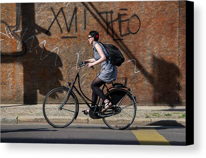 Canvas Print featuring the photograph Good Morning Berlin by Bardia Quarantine