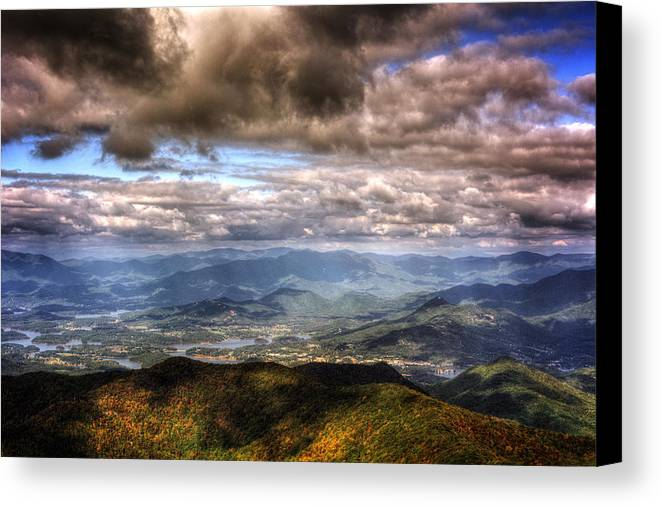 Hiawassee Canvas Print featuring the photograph Hiawassee Georgia by Chrystal Mimbs