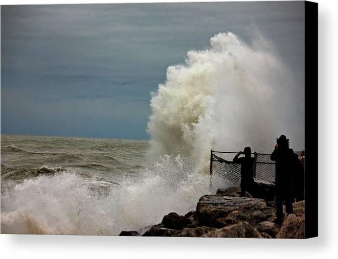 Hurricane Sandy Canvas Print featuring the photograph Hurricane Sandy's Fury 8 by Joel Rams