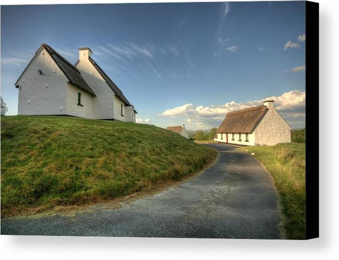 Beautiful Ireland Canvas Print featuring the photograph Inchiquin Cottages by John Quinn