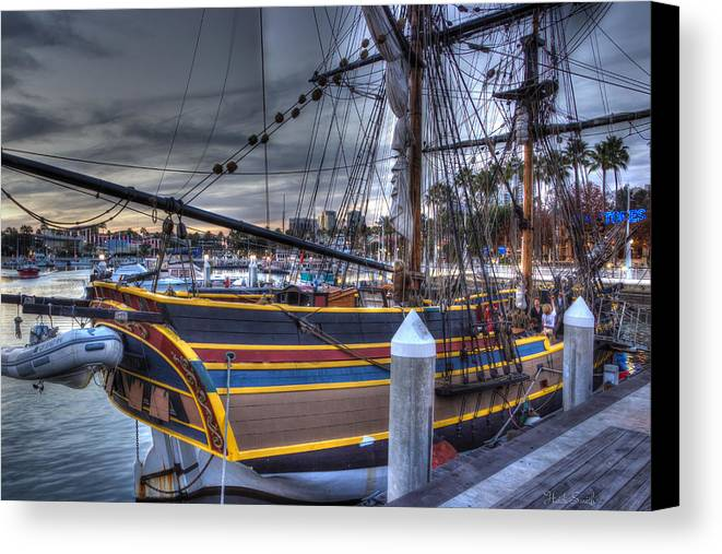 Washington Canvas Print featuring the photograph Lady Washington by Heidi Smith