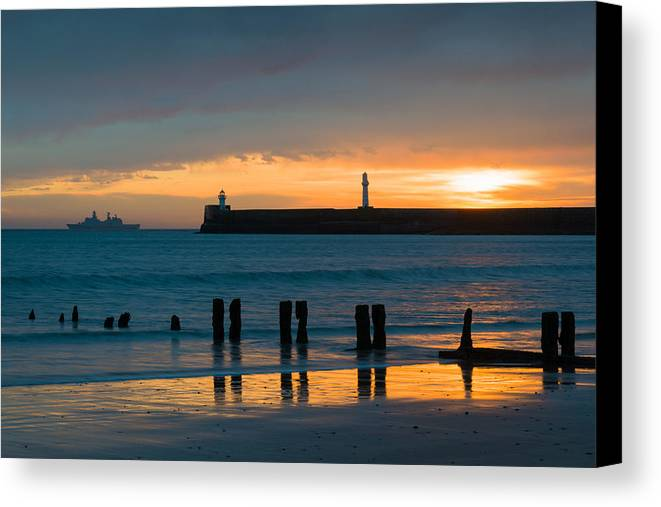 Aberdeen Harbour Canvas Print featuring the photograph Leaving Port by Dave Bowman