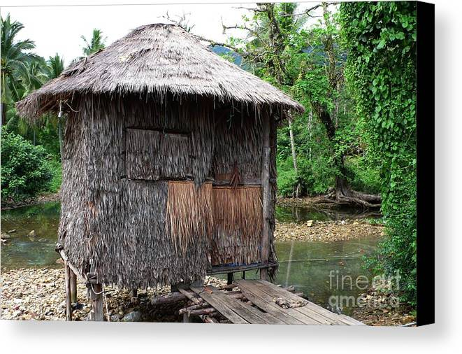 Grass Shack Canvas Print featuring the photograph Little Grass Shack by Gregory Smith