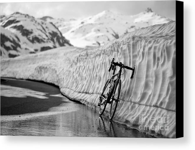Bicycle Canvas Print featuring the photograph Lonely Bike by Maurizio Bacciarini