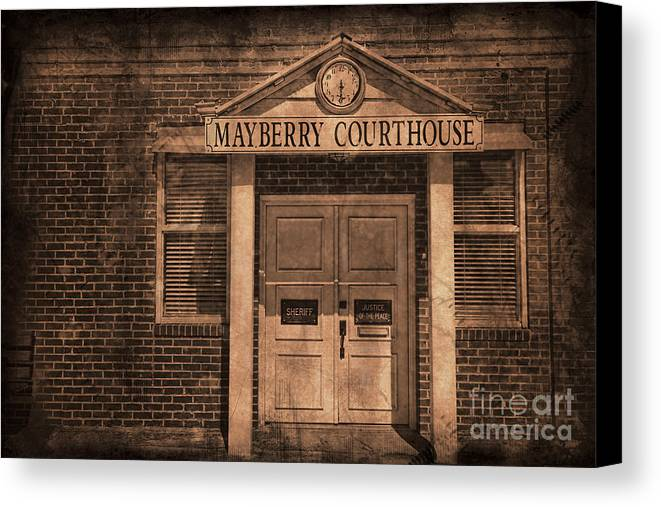 Andy Griffith Canvas Print featuring the photograph Mayberry Courthouse by David Arment