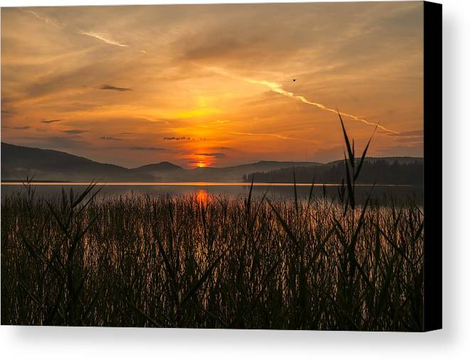 Sky Canvas Print featuring the photograph Memories Of A Sunset by Rose-Maries Pictures