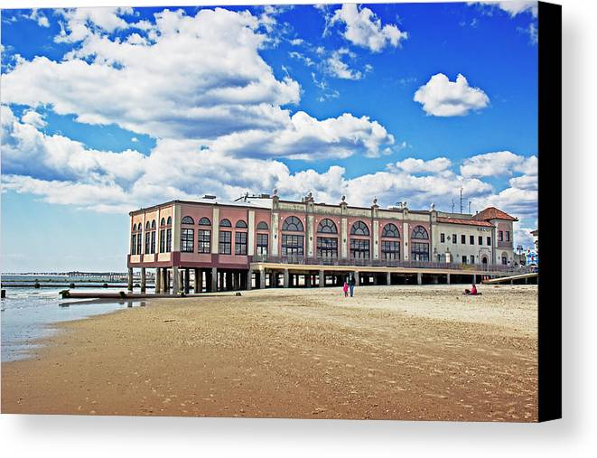 Ocean City Music Pier Canvas Print featuring the photograph Music Pier by Tom Gari Gallery-Three-Photography