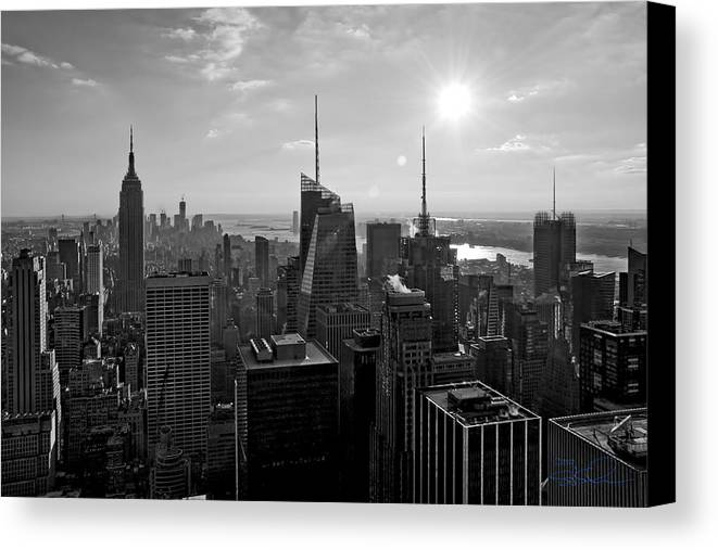 Black And White Canvas Print featuring the photograph Ny Times Skyline Bw by S Paul Sahm