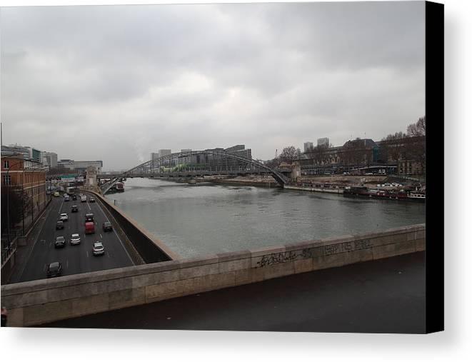 Paris Canvas Print featuring the photograph Paris France - Street Scenes - 011386 by DC Photographer