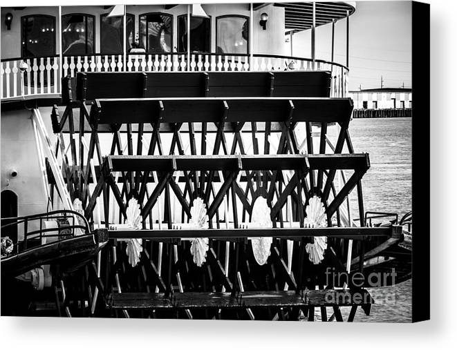 America Canvas Print featuring the photograph Picture Of Natchez Steamboat Paddle Wheel In New Orleans by Paul Velgos