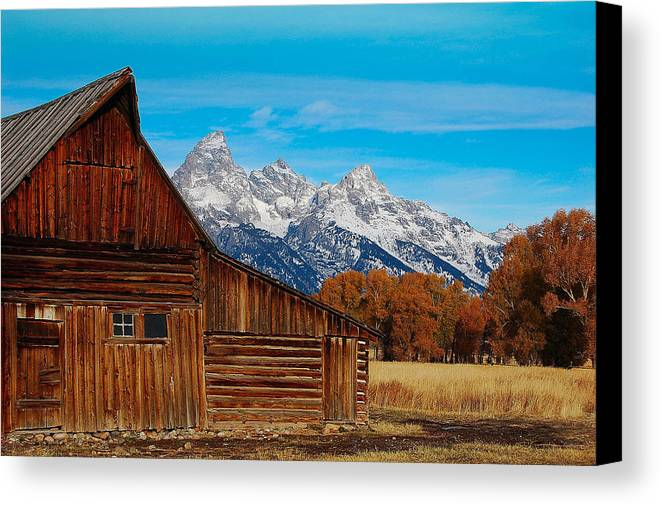Barn Canvas Print featuring the photograph Room With A View by Jim Southwell